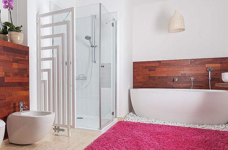 Moderner Heizkörper im Badezimmer in Gladbeck